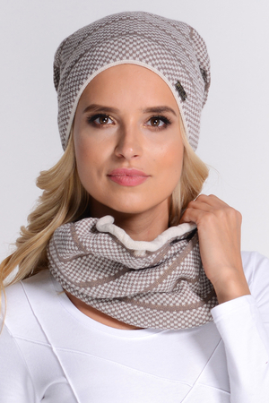 Fil'loo KPL-17-10 women's hat and snood set checkered winter