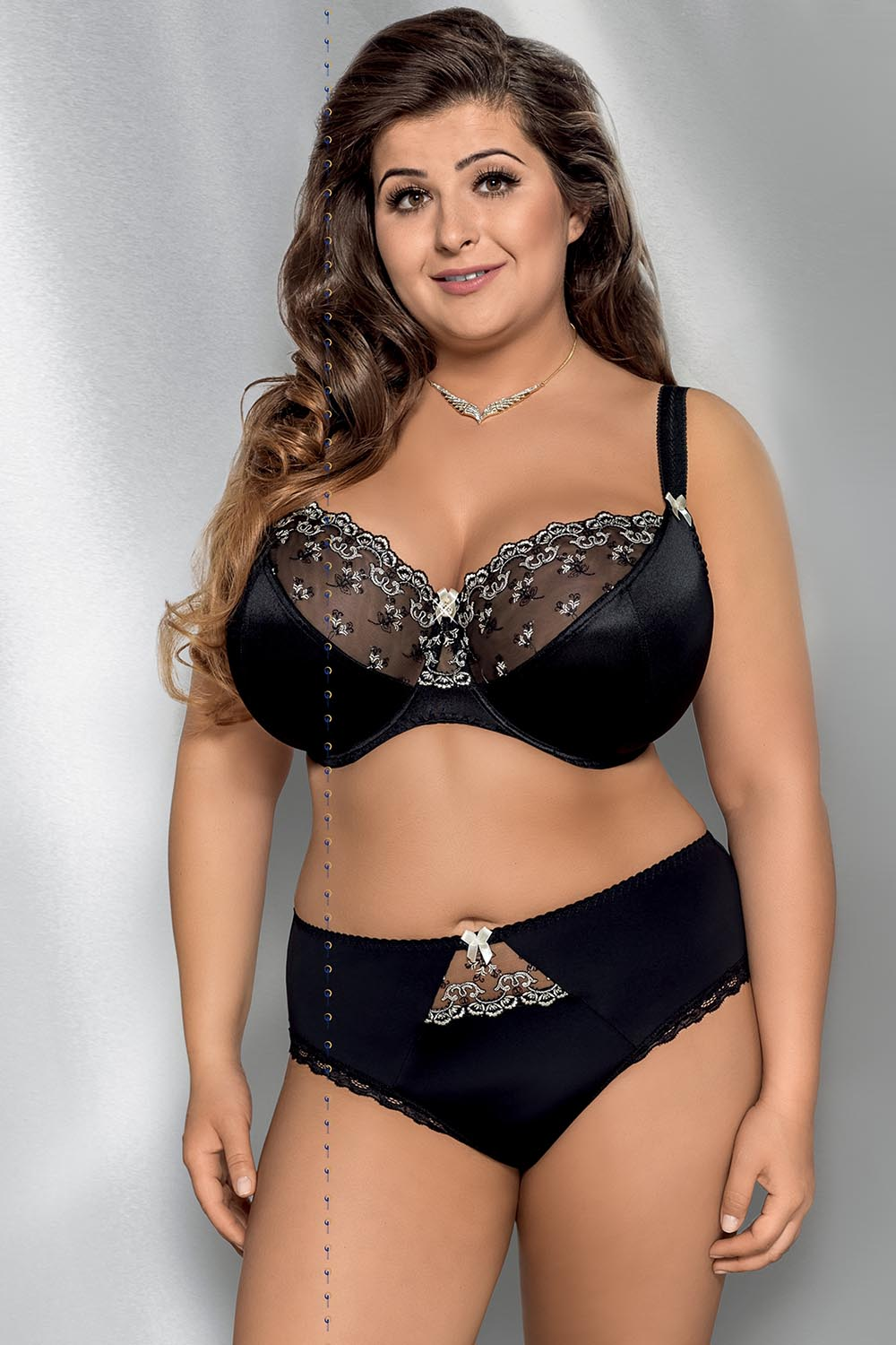 Discover perfect fitting lingerie whatever your style or size. From lace lingerie to everyday cotton nightwear, in a range of back sizes and cup sizes A to L. Sexy Plus Size Lingerie - Underwear & Bras | .