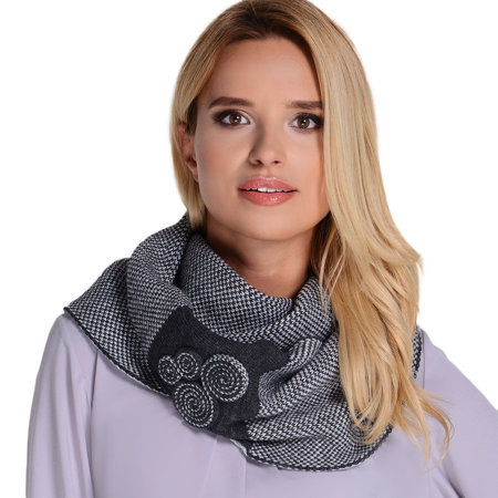 Kamea Silvia women's scarf patterned warm winter